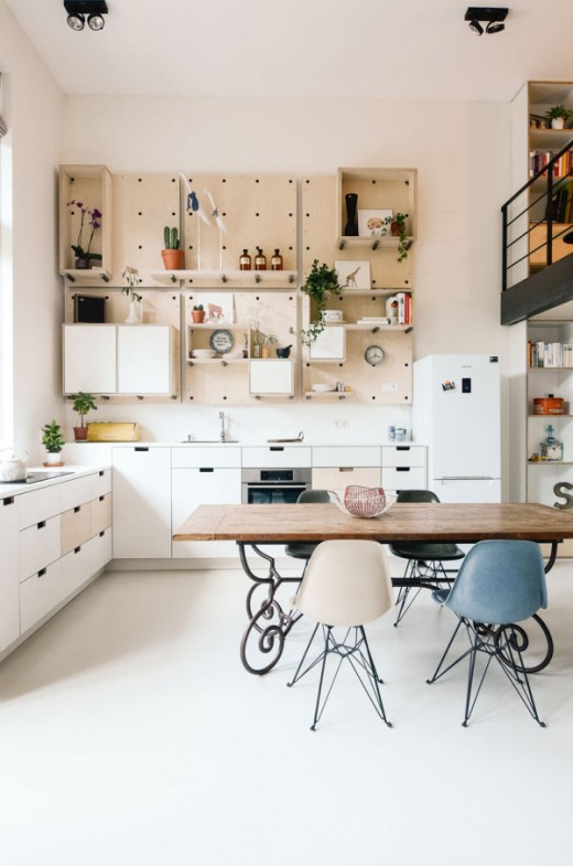 http://design-milk.com/old-school-amsterdam-converted-new-apartment/?utm_source=feedly&utm_medium=webfeeds